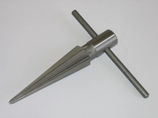 Taper Reamer - Hole Pipe Chaser Reaming Tool (4 - 22mm)