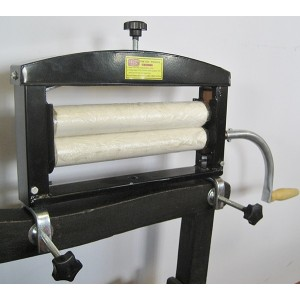 Chamois and Cloth Wringer For Hand Car Wash