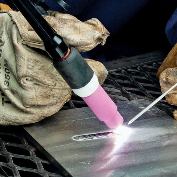 Contains: 1 WanShida Styple WP-17 welding torch for EW's TIG-200.
